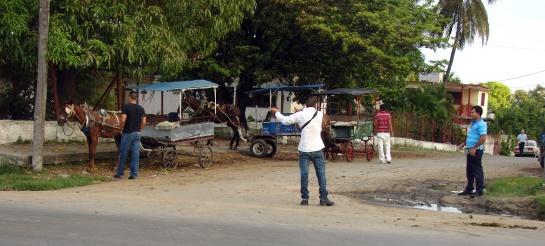 Los coches permanecían vacíos en la piquera de Buenavista